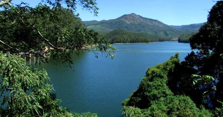 Best of Kerala Backwaters Hill Stations and Beach Tour India