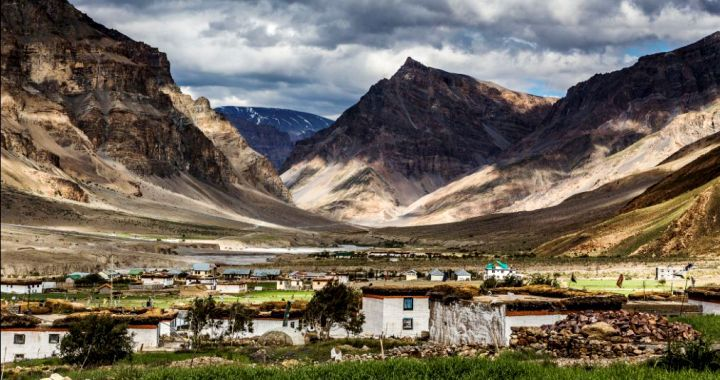 Lahaul Spiti with Chandrataal Lake Tour Package