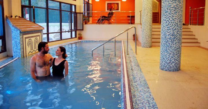 Shimla Naldehra Tattapani Family Luxury Holiday Tour Package